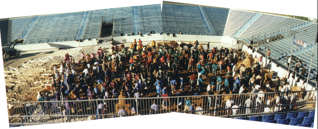 Sculptor/Instructors with the Capital of the City